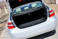 2011款奔驰E200 CGI优雅型空间