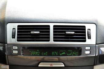 2011款奔腾B70高清到店实拍