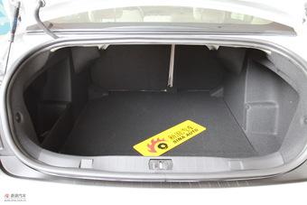 2011款标致408 2.0L手动舒适版
