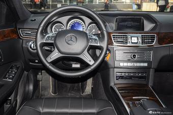 2015款奔驰E180L 2.0T自动
