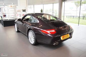 保时捷911 Carrera Coupe