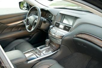 2011款英菲尼迪M37
