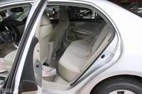 2011款卡罗拉座椅空间