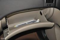 2011款悦动1.6L自动豪华型座椅空间图
