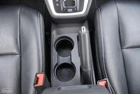 2011款酷博2.0L SXT豪华导航版座椅空间