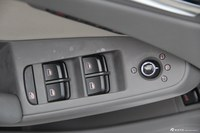 2012款奥迪A4L 2.0 TFSI CVT技术型